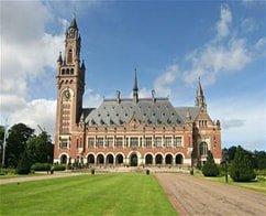Escorted Half Day Tour to Delft, The Hague & Madurodam