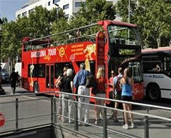 Barcelona Hop on Hop off Bus Tour - 1 Day Pass with Boat Ride