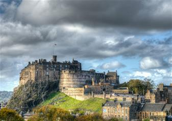 Stirling Castle, Loch Lomond & Whisky Distillery from Edinburgh