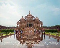 Guided Private visit to Akshardham Temple Complex