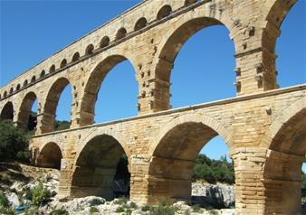 Marseille Tour of Baux de Provence, Arles, Pont du Gard and Avignon