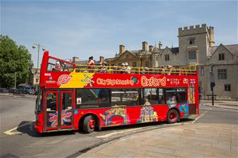 Oxford Hop-on Hop-off Bus Tour - 24 Hours Ticket