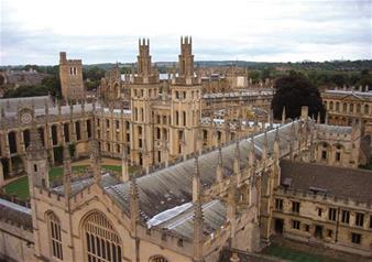 Discover Oxford, Stratford, Cotswolds and Warwick Castle