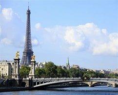 Paris Hop on Hop off Tour 1 Day + Paris Museum Pass 2 Days