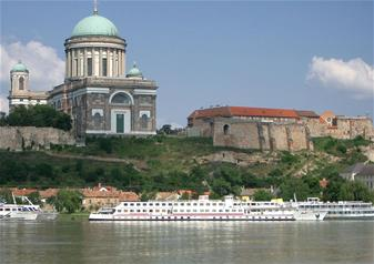 Budapest City Tour with Danube River Cruise
