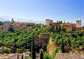 Walking Tour of Albayzin and Sacromonte