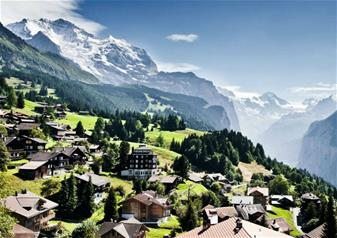 Kleine Scheidegg Centre of the Alps Day Tour from Lucerne