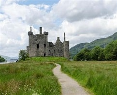 2 Days Tour of Loch Ness, Inverness & The Highlands from Edinburgh