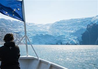 5 Hours Prince William Sound Surprise Glacier Cruise Tour with Salmon and Prime Rib Meal