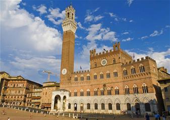 Walking Tour of Siena City and Duomo