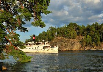Guided Lunch Cruise in Stockholm Archipelago