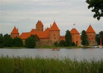 Private Tour to Trakai Castle and Paneriai Memorial Park