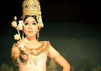 Apsara Dance Show Including Buffet Dinner and Round Trip Transfers