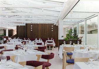 Bateaux London Premier Lunch Cruise