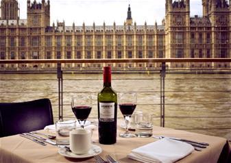 Bateaux London Superior Dinner Cruise