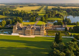 Blenheim Palace, the Cotswolds and Oxford with Free Lunch Pack