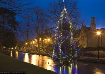 Traditional Christmas.Oxford Cotswolds And Stratford Upon Avon With Traditional Christmas Lunch
