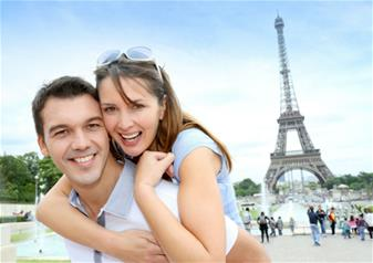 Simply Paris, Escorted Day Trip - including Eiffel Tower, Seine Cruise & Louvre Museum