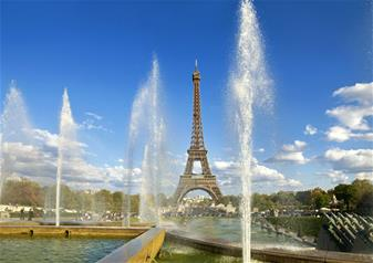 Discover Paris at Your Leisure