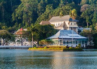 Full Day City Tour of Kandy in Sri Lanka with Hotel Transfers Service