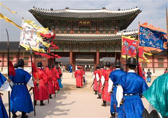 Full Day DMZ and Royal Palace Tour in South Korea with Hotel Pick-Up