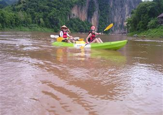 Half Day Kayaking on the Nam Khan River – Private Tour