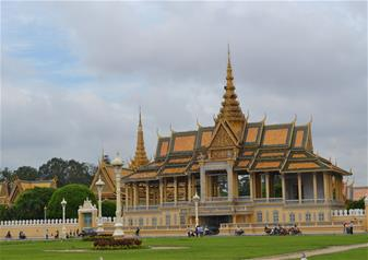 Half Day Phnom Penh City Tour with Hotel Transfers - Private Tour