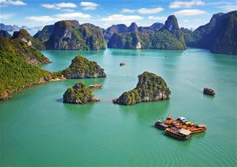 Halong Bay tour in Vietnam with Hotel Transfers - Full day tour