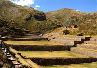 Trekking Tour of Huchuy Qosqo in Northern Cusco – 2 Nights and 3 Days Package