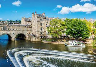 Windsor Castle, Bath & Stonehenge Tour with Entries & Free Lunch Pack