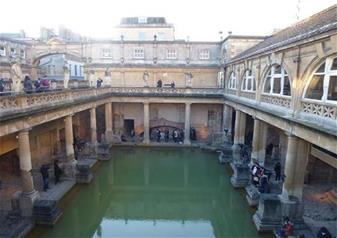 Small Group Tour to Bath and Stonehenge & 2 Course Lunch