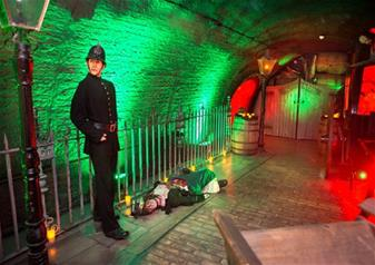 The London Bridge Experience and London Tombs