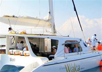Interesting Tour of Nusa Lembongan Island in Bali by Waka Sailing Catamaran with BBQ Lunch