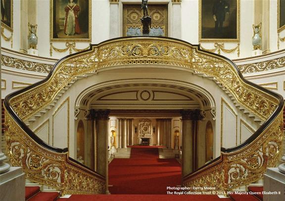 Royal Tour Of Buckingham Palace Amp Windsor Castle Golden