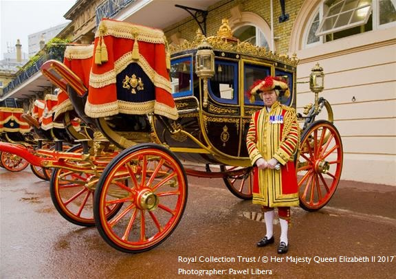 London Motor Cars >> Buckingham Palace State Rooms and Royal Mews | Golden ...