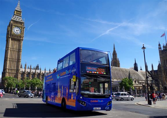 Experience the best of London sightseeing by night on open top bus tour with expert guide. Enjoy panoramic views of St. Paul's Cathedral, Buckingham Palace, the London Eye, Westminster Abbey, Tower Bridge, Trafalgar Square, Big Ben and much more.