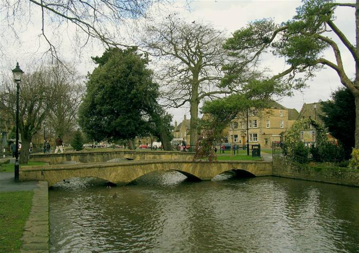 Oxford, Stratford-upon-Avon, Cotswolds and Warwick Castle