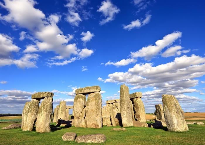 Extended Visit to Stonehenge and Windsor