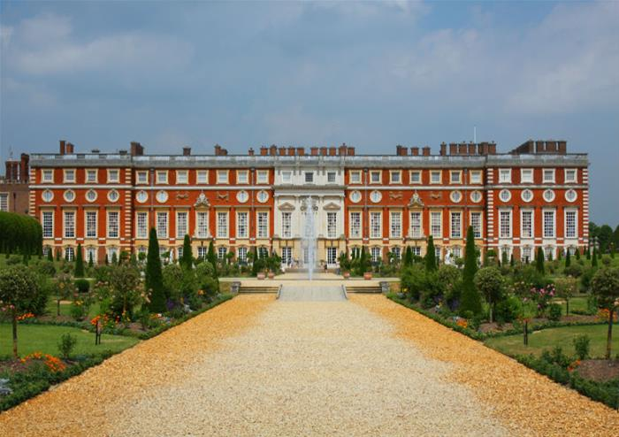 Roses In Garden: Hampton Court Palace Tickets