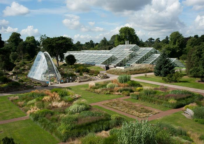 Kew S Royal Botanic Gardens And Palace Tickets Golden Tours