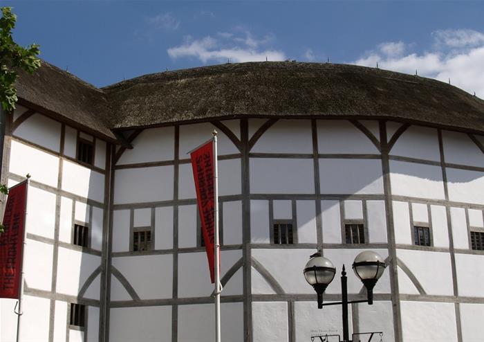 Shakespeares Globe Exterior