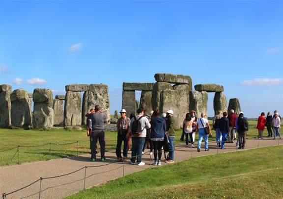Small Group Tour of Windsor Town Bath and Stonehenge with Entries