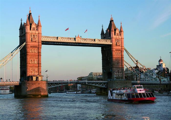 River Thames Jazz Dinner Cruise With City Cruise Golden