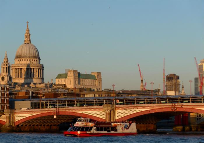 River Thames Jazz Dinner Cruise with City Cruise | Golden
