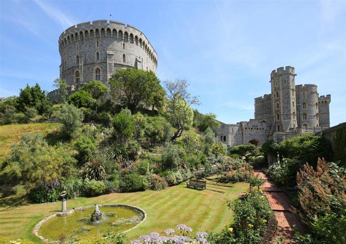 Windsor Castle and Hampton Court Palace